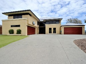 CENTURY 21 Boardwalk Rockingham - Secret Harbour Property of the week