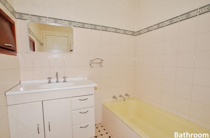302 Grand Promenade Dianella, Dianella - House for Rent in Dianella