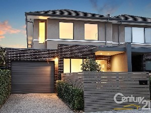 CENTURY 21 On Centre Property of the week