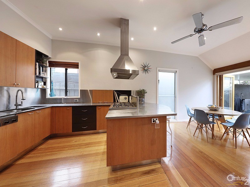 2 Field Street, Bentleigh - House for Sale in Bentleigh