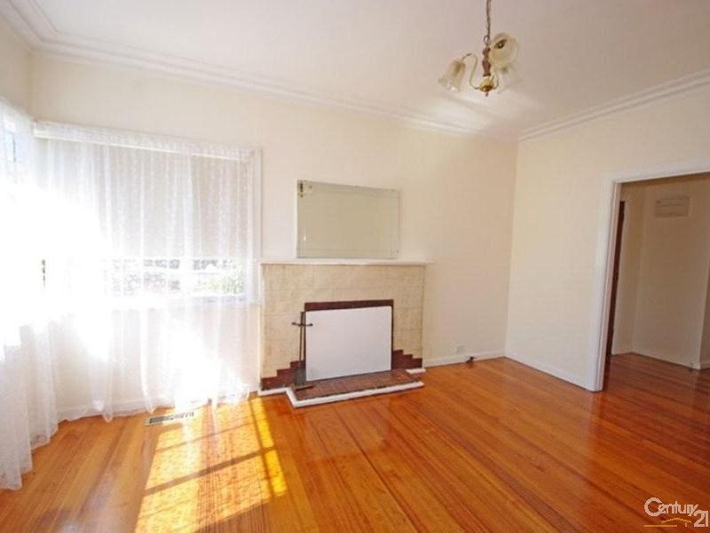 39A Prince Edward Avenue, McKinnon - House for Rent in McKinnon