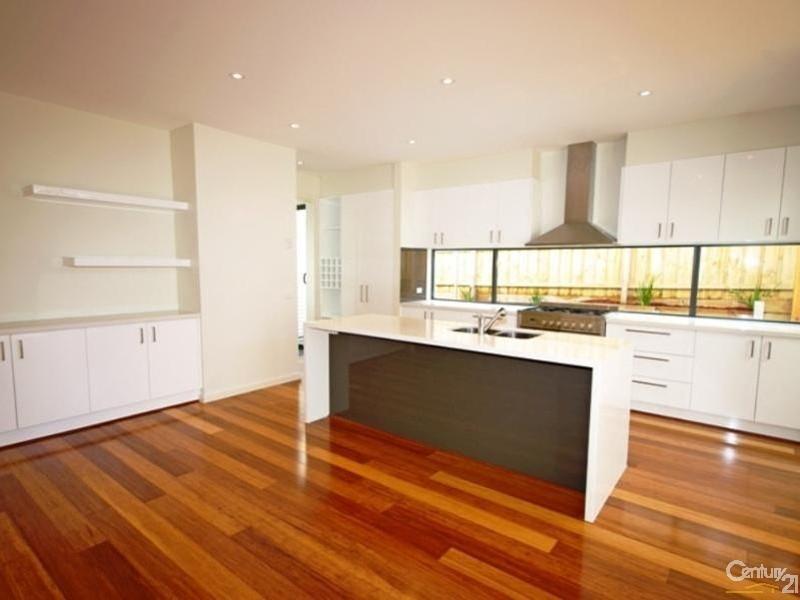 32B Celia Street, Bentleigh East - Townhouse for Rent in Bentleigh East