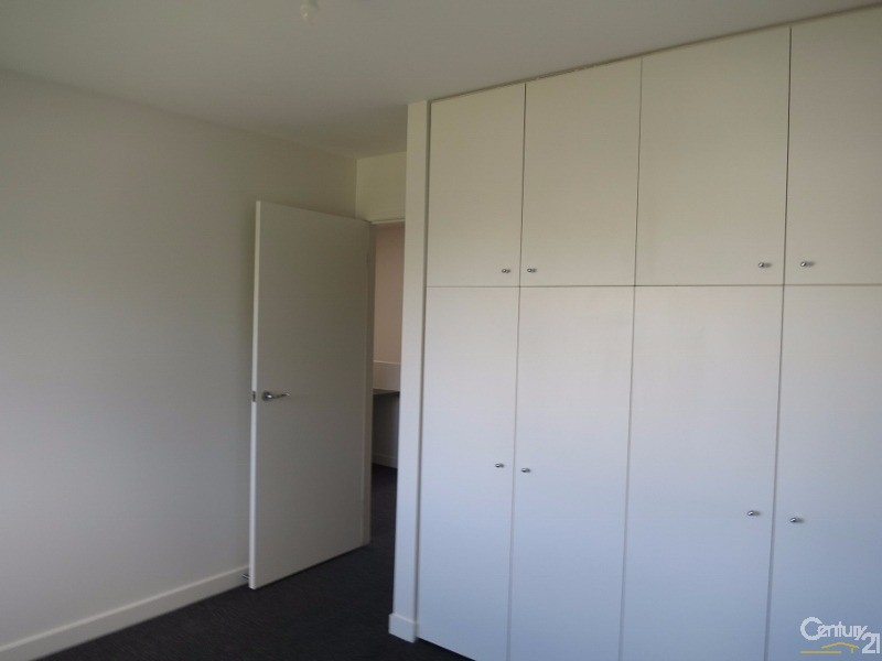 8/27-29 Clayton Road, Oakleigh East - Townhouse for Rent in Oakleigh East