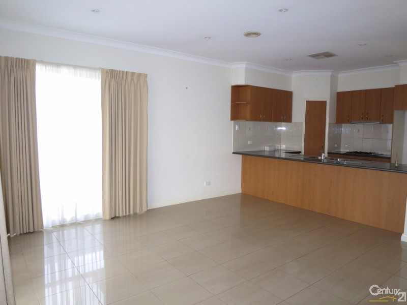 2/100 Browns Road, Clayton - Unit for Rent in Clayton