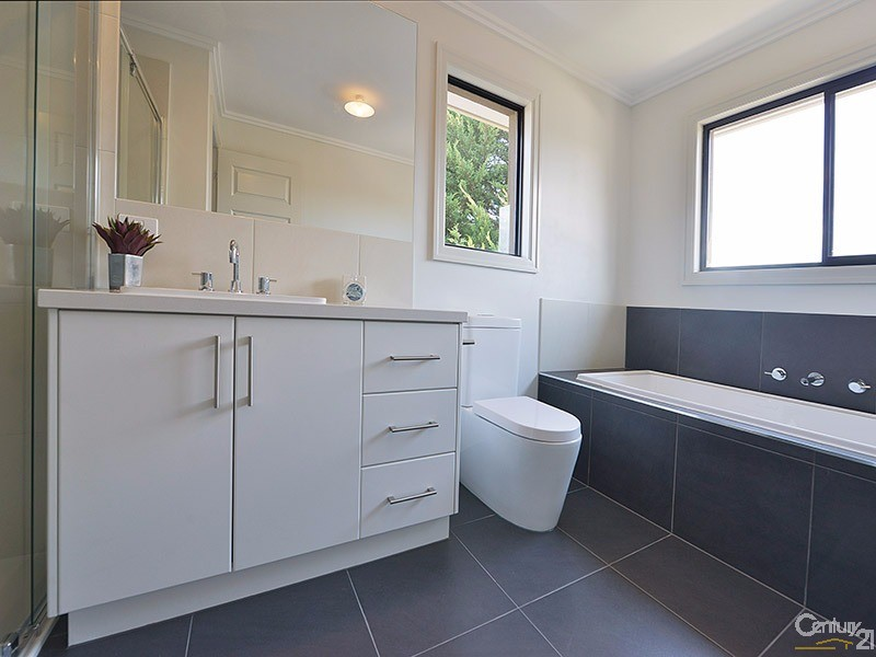 3/9 Beddoe Avenue , Clayton - Townhouse for Rent in Clayton
