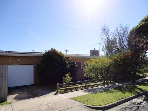 27 Marshall Avenue, Clayton - House for Rent in Clayton