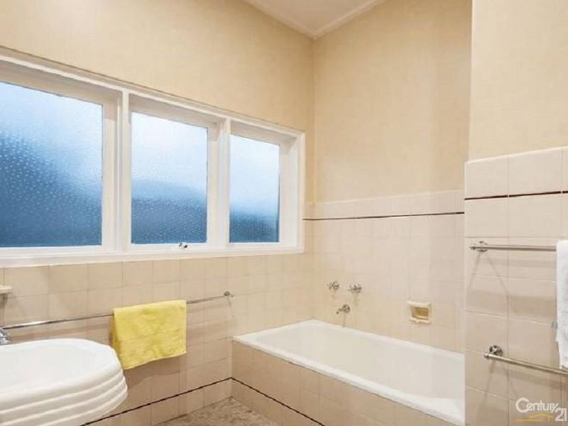 480 Beach Road, Beaumaris - House for Sale in Beaumaris