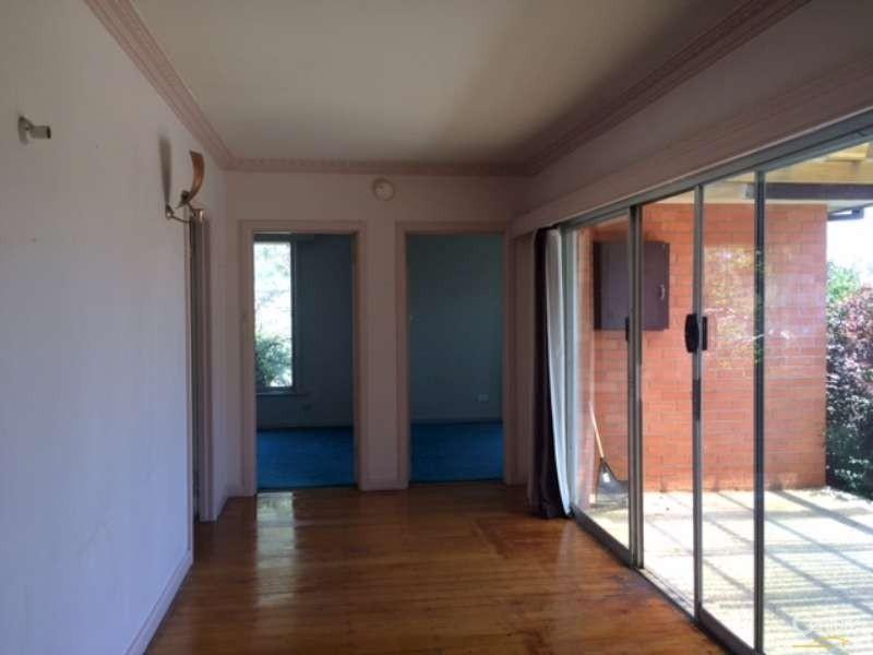 31 Charlton Street, Springvale - House for Rent in Springvale