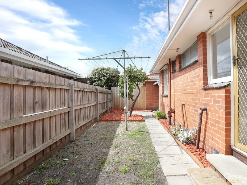 4/3 Leopold Ave, Springvale South - Unit for Sale in Springvale South