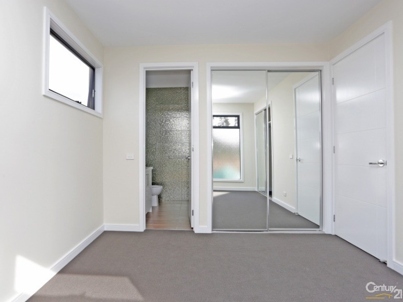 15 Henry Street, Noble Park - Townhouse for Sale in Noble Park