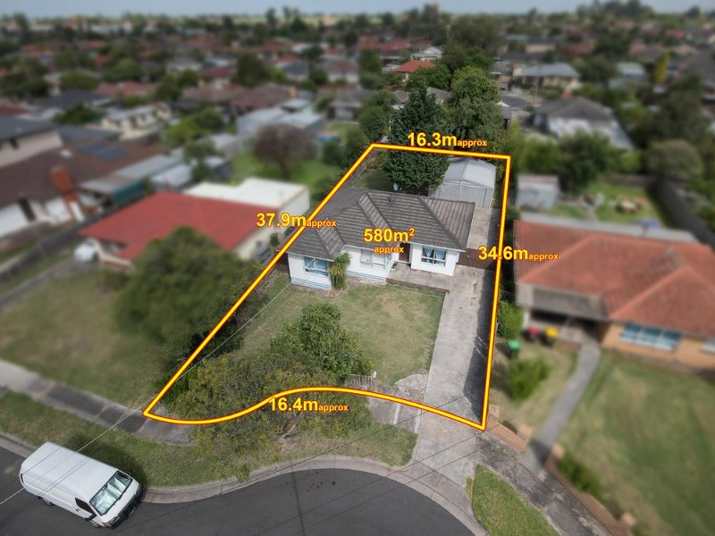 8 Asling Street, Springvale South - House for Sale in Springvale South