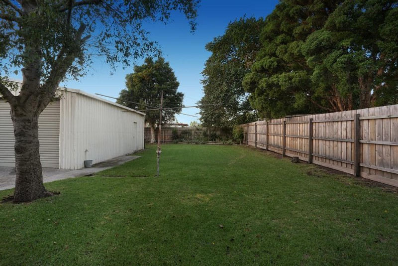 77 Whitworth Avenue, Springvale - House for Sale in Springvale