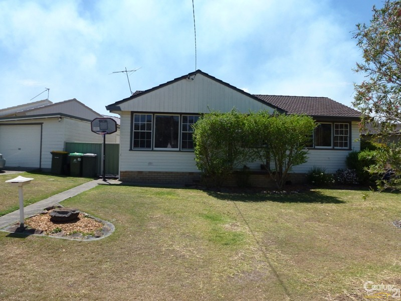 20 Raggatt Crescent, Edgeworth - House for Sale in Edgeworth