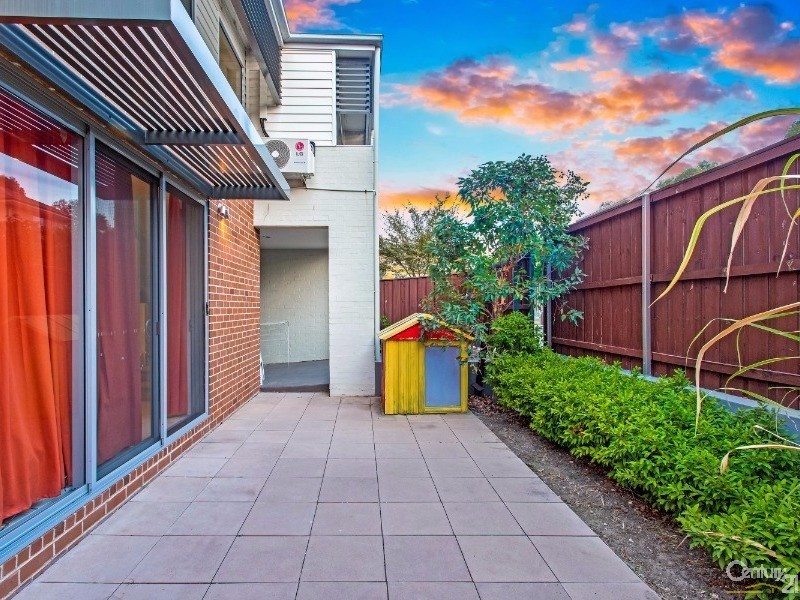 46 Caddies Boulevard, Rouse Hill - House for Sale in Rouse Hill