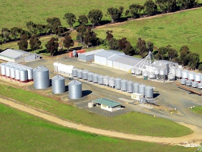 Huge complex on the main Deniliquin/Barham Rd, just 10kms from Deniliquin - 0 Superior Seed Co. Barham Rd, Deniliquin - Rural Property for Sale in Deniliquin