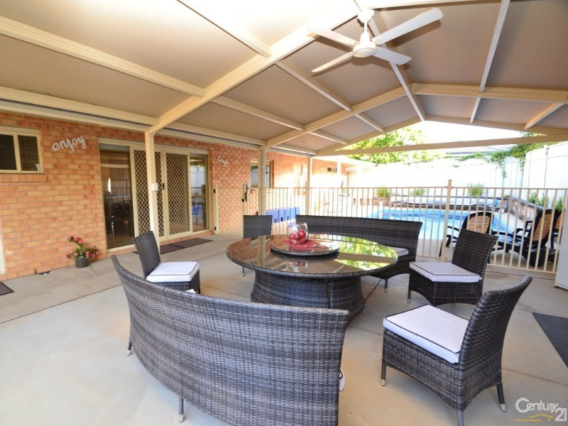 12 Forfar Drive, Moama - House for Sale in Moama