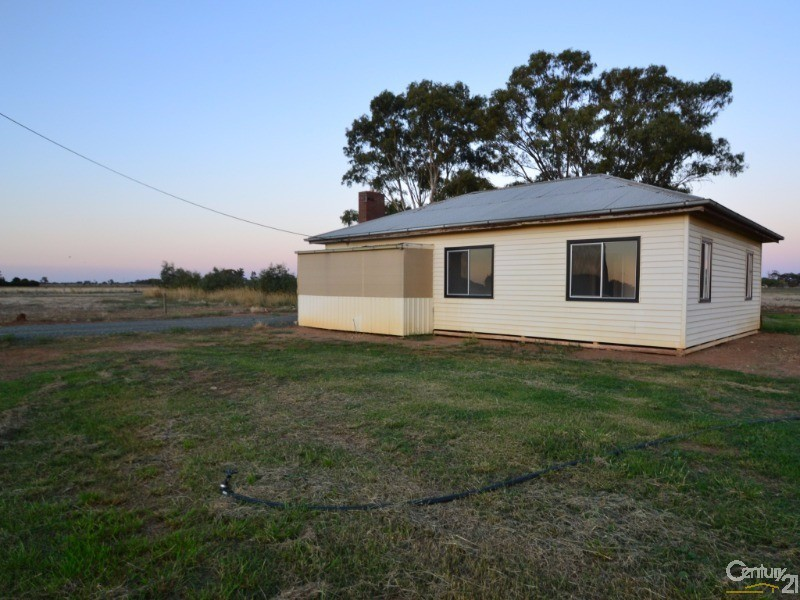469 Bamawm Hall Road, Echuca - House for Sale in Echuca