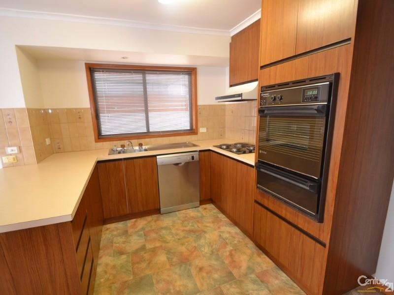 49 Bowen Street, Echuca - House for Rent in Echuca