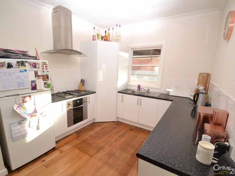 338 Ogilvie Avenue , Echuca - House for Rent in Echuca