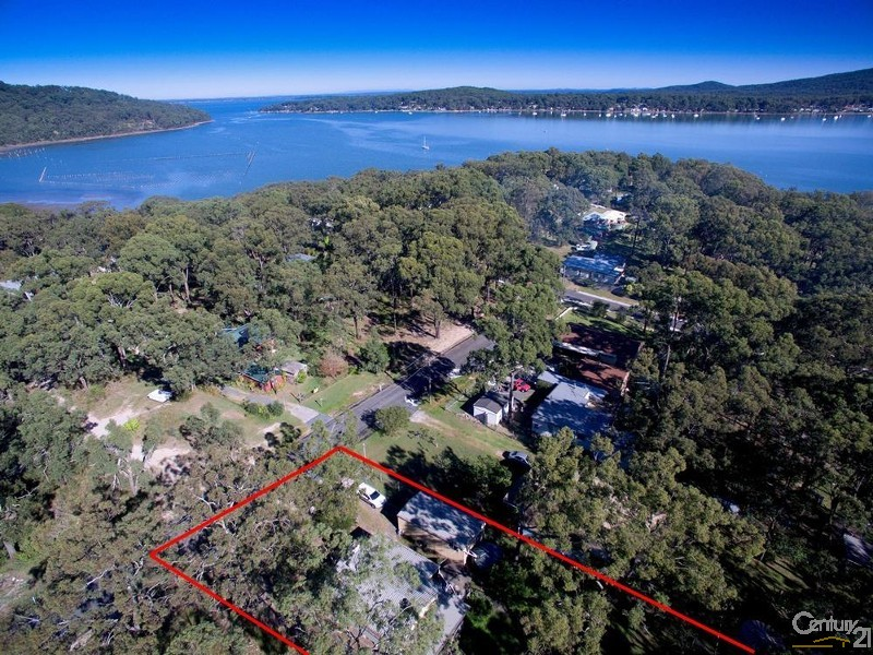 The village of Bundabah and an outline of the property at 7 Central Ave - 7 Central Ave, Bundabah - House for Sale in Bundabah