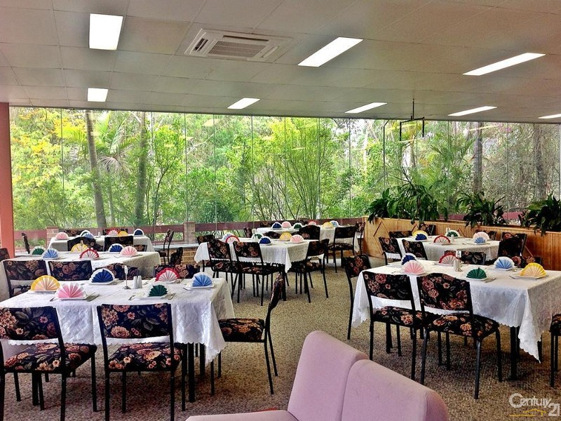 Seating for more than 100 - 254 Tarean Rd, Karuah - Restaurant for Sale in Karuah