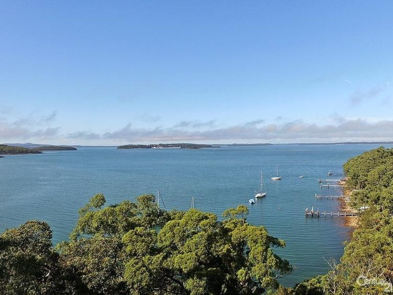 Views looking over top of dwelling toward Soldiers Point - 44 Point Ct, North Arm Cove - House for Sale in North Arm Cove