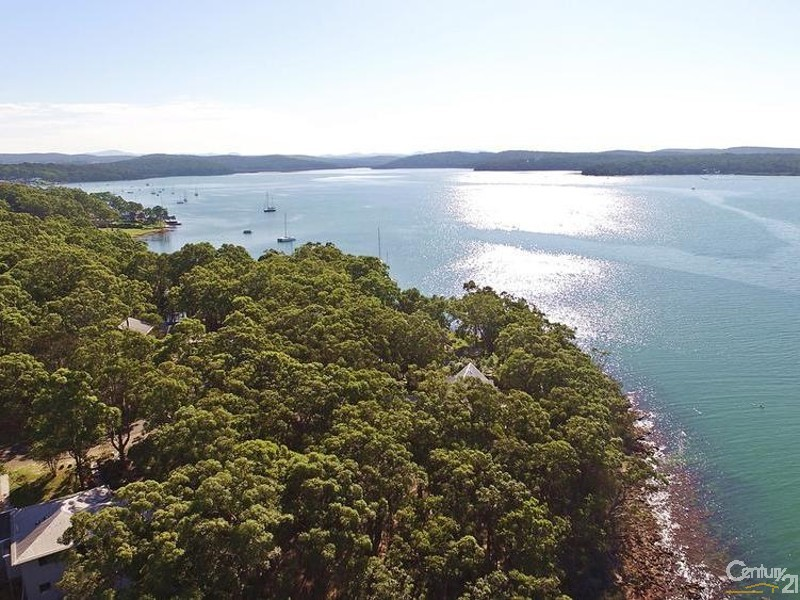 North Views over North Arm Cove showing position of dwelling to rest of village - 44 Point Ct, North Arm Cove - House for Sale in North Arm Cove