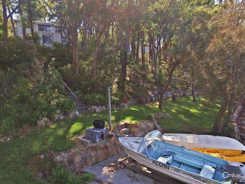 Looking from Slipway to house - 44 Point Ct, North Arm Cove - House for Sale in North Arm Cove