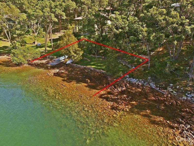 Outline of 44 Pt Ct Foreshore - Approx - 44 Point Ct, North Arm Cove - House for Sale in North Arm Cove