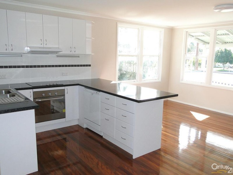 Breakfast bar with dishwasher & servery to dining room - 35a Myall St, Tea Gardens - House for Sale in Tea Gardens