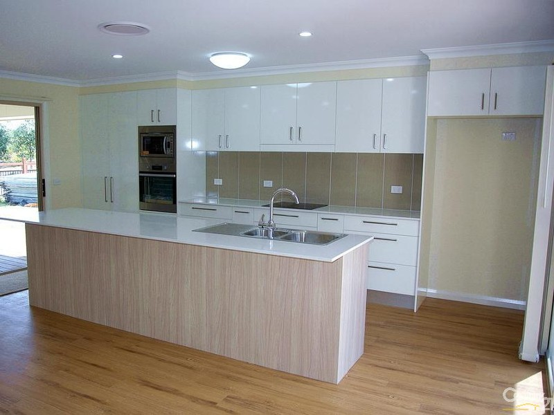 High gloss kitchen with soft close drawers & doors - 25 Leeward Ct, Tea Gardens - House for Sale in Tea Gardens