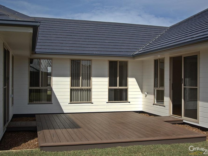 private north facing deck - 25 Leeward Ct, Tea Gardens - House for Sale in Tea Gardens