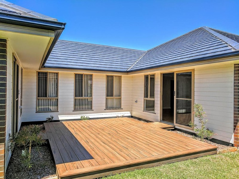 Perfect space to catch the morning sun - 25 Leeward Ct, Tea Gardens - House for Sale in Tea Gardens