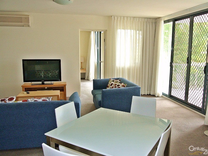 Dining area - 5/ 21-23 Marine Dr, Tea Gardens - Unit for Sale in Tea Gardens