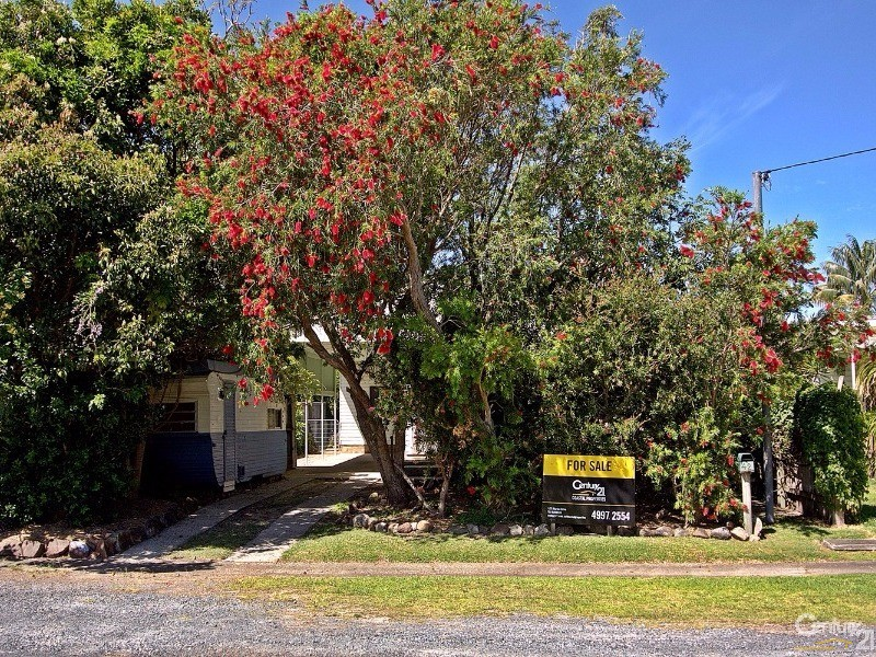 Location, location - 42 Coupland Avenue, Tea Gardens - House for Sale in Tea Gardens