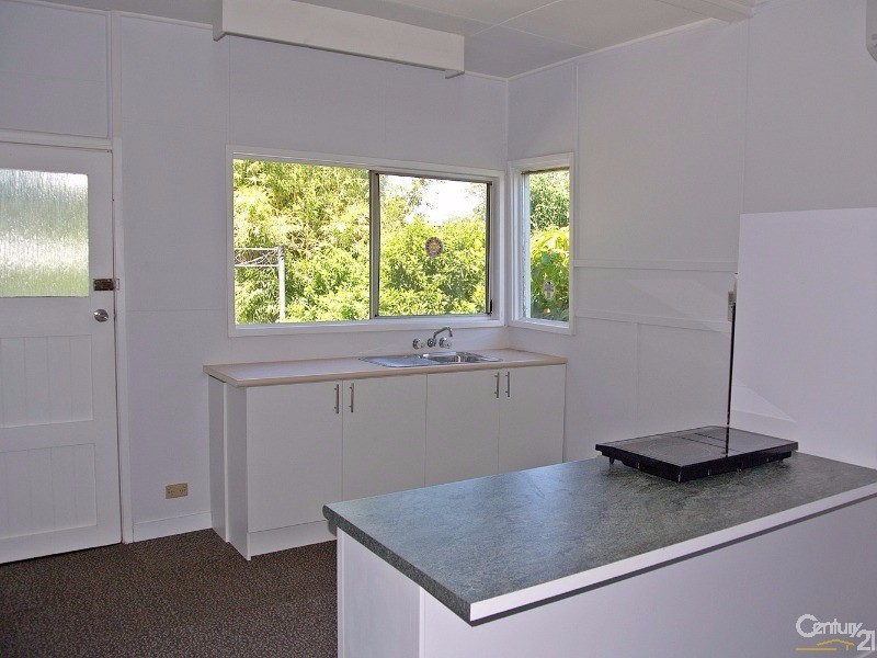Kitchen with views to garden - 42 Coupland Avenue, Tea Gardens - House for Sale in Tea Gardens