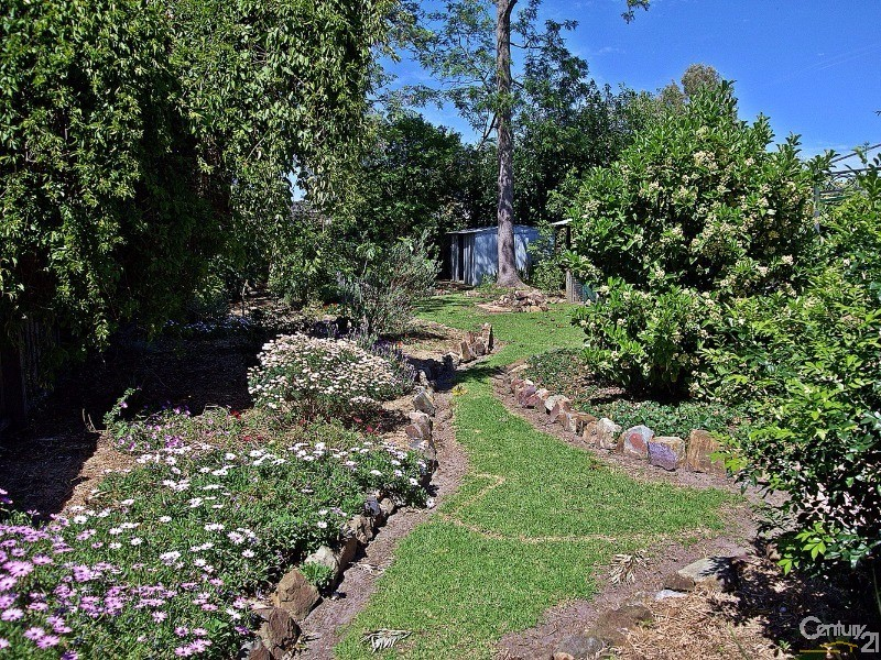 gardens in bloom! - 42 Coupland Avenue, Tea Gardens - House for Sale in Tea Gardens