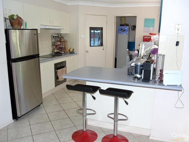 FUNCTIONAL KITCHEN - 56 Eastslope Way, North Arm Cove - House for Sale in North Arm Cove