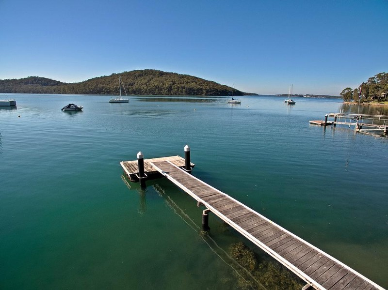 your own private jetty - 116 Cove Boulevard, North Arm Cove - House for Sale in North Arm Cove