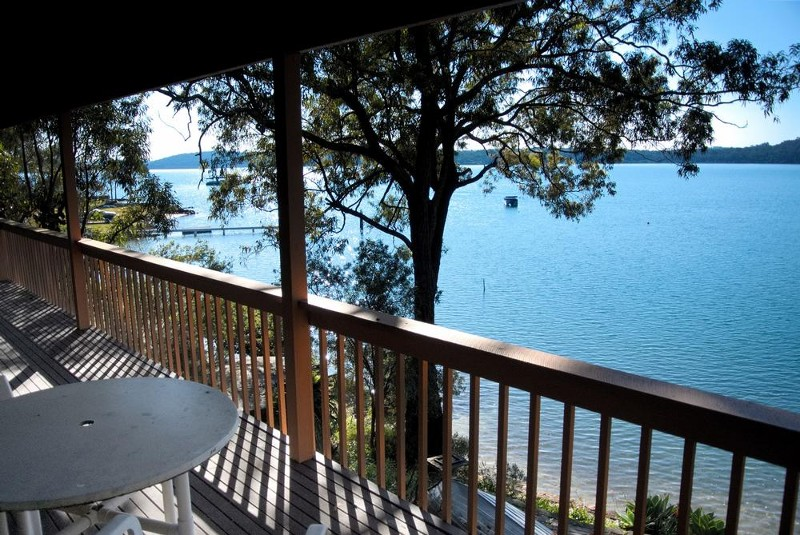 outdoor dining - 116 Cove Boulevard, North Arm Cove - House for Sale in North Arm Cove