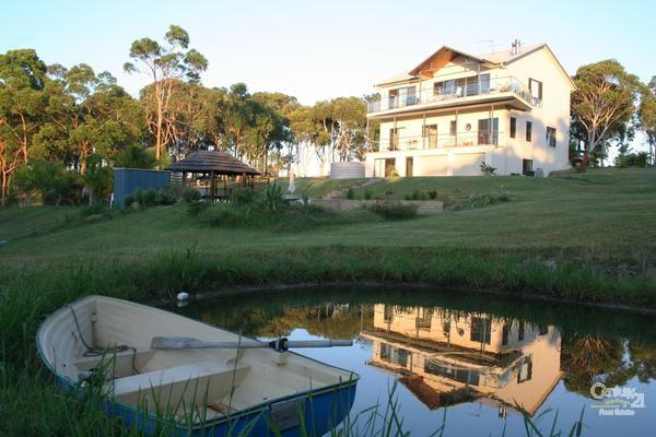 58 Viney Creek Rd, Tea Gardens - Holiday House Rental in Tea Gardens