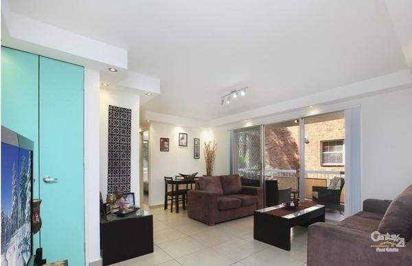 Living Area - 23 Gordon Street, Brighton-Le-Sands - Unit for Rent in Brighton Le Sands