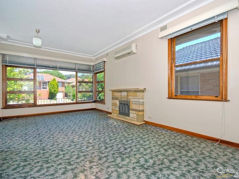 Lounge room - 42 Lucas Crescent, Adamstown Heights - House for Sale in Adamstown Heights