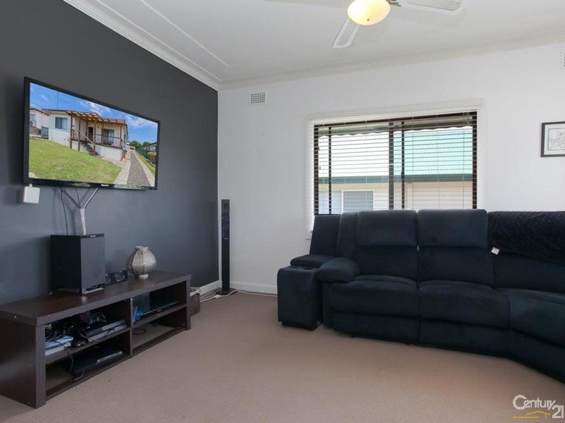 House - Loungeroom - 60/ 60A James Street, Charlestown - House for Sale in Charlestown