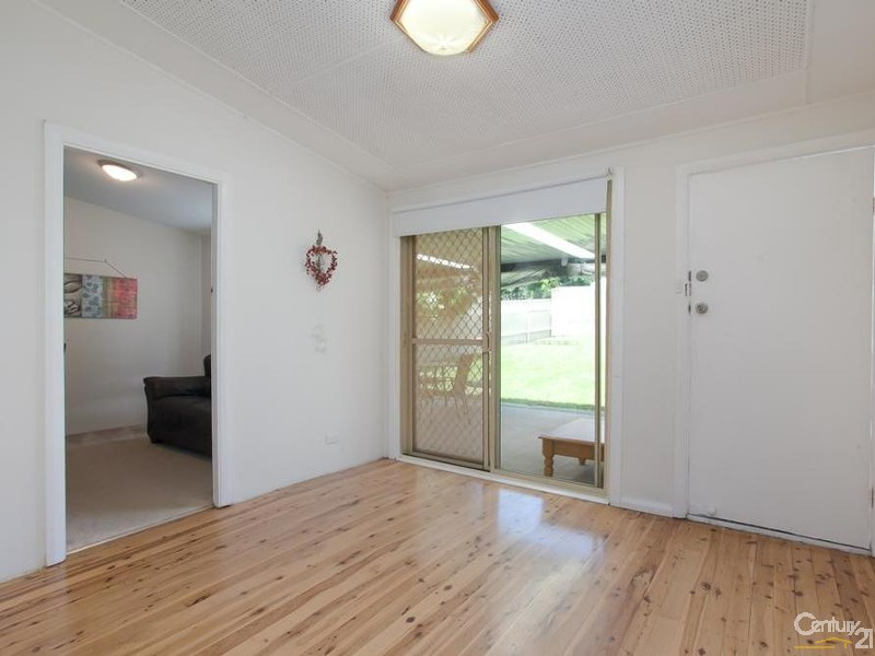 House - Dining/Family - 60/ 60A James Street, Charlestown - House for Sale in Charlestown