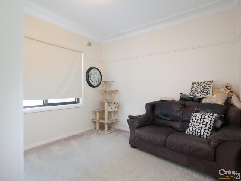 House - Bedroom - 60/ 60A James Street, Charlestown - House for Sale in Charlestown