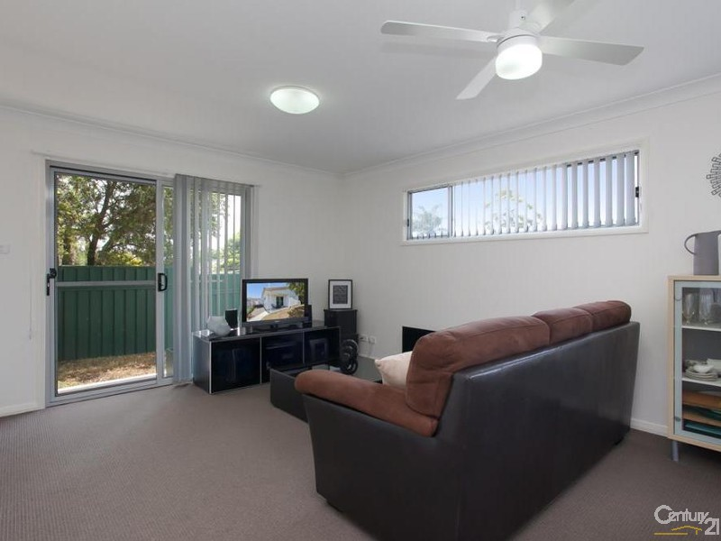 Flat - Loungeroom - 60/ 60A James Street, Charlestown - House for Sale in Charlestown