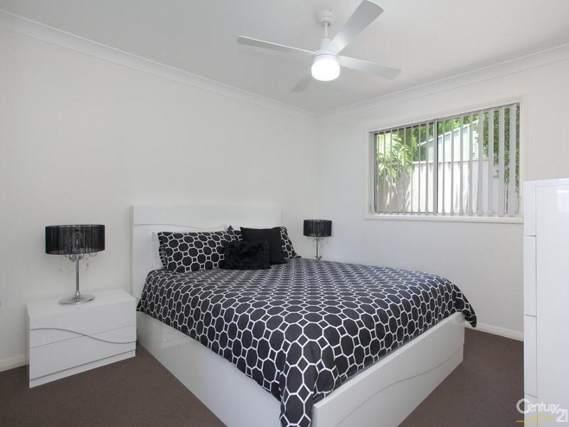 Flat - Bedroom - 60/ 60A James Street, Charlestown - House for Sale in Charlestown
