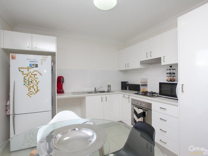 Flat - Kitchen/Dining - 60/ 60A James Street, Charlestown - House for Sale in Charlestown