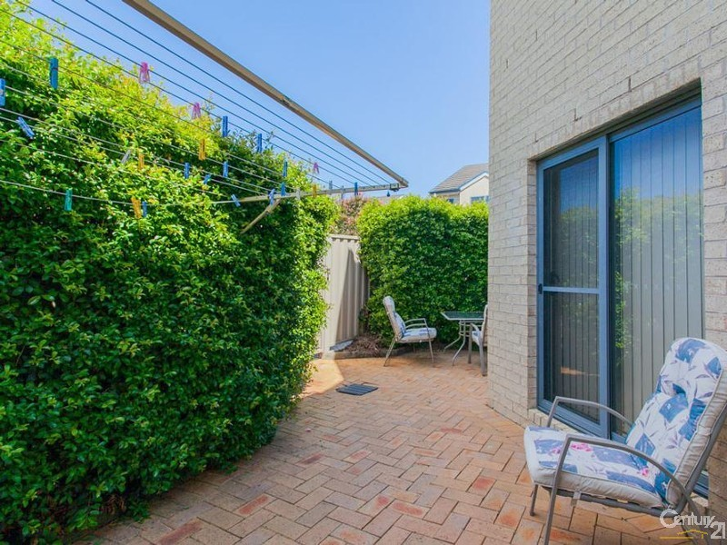 Courtyard - 28/9 Hutton Street, Charlestown - Townhouse for Sale in Charlestown